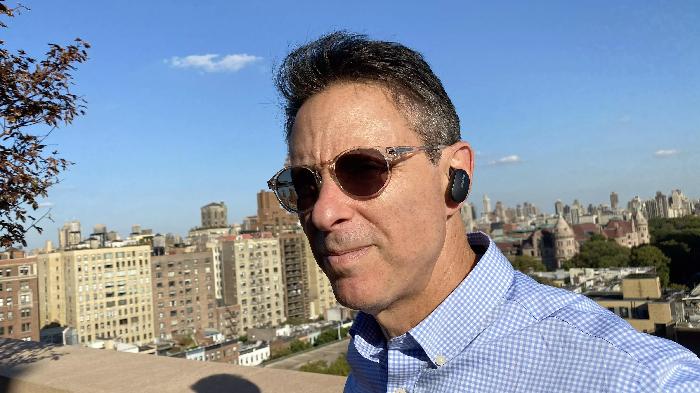 Беспроводные наушники Bose QuietComfort Earbuds в ушах